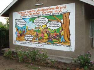 Naisiin kohdistuva väkivalta vähenee sodanjälkeisessä Ugandassa ACODEVin avulla
